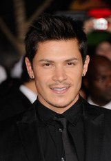 Alex Meraz photo