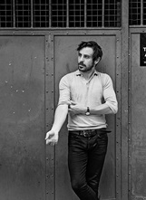 Emun Elliott photo