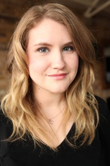 Jillian Bell photo