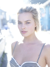 Margot Robbie photo