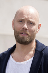 Aksel Hennie photo