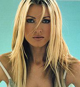 Caprice Bourret photo