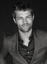 Liam McIntyre photo