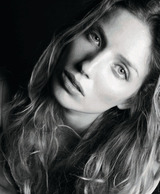 Annabelle Wallis photo