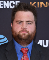 Paul Walter Hauser photo