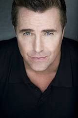 Paul McGillion photo