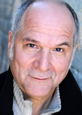 John Kapelos photo