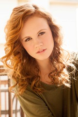 Mackenzie Lintz photo