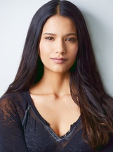 Tanaya Beatty photo