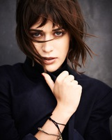 Lizzy Caplan photo