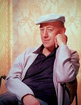 Alec Guinness photo