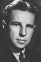 Hume Cronyn photo