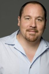Jon Favreau photo