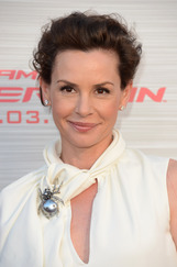 Embeth Davidtz photo