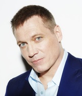Holt McCallany photo
