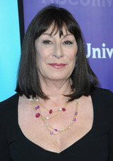 Anjelica Huston photo