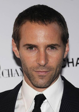 Alessandro Nivola photo