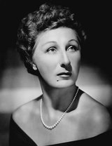 Judith Anderson photo