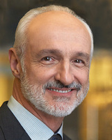 Michael Gross photo