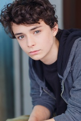 Lucas Jade Zumann photo