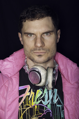 Flula Borg photo