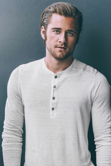 Luke Benward photo