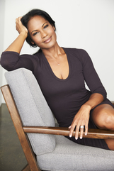 Robinne Lee photo