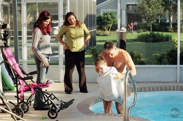 Download Supernanny series for iPod/iPhone/iPad in hd, Divx, DVD or