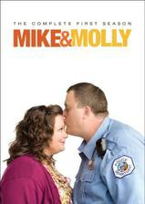 mike_molly movie cover