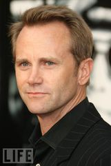 Actor Lee Tergesen