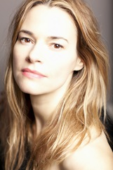 Actor Leisha Hailey