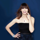 Actor Illeana Douglas