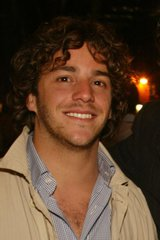 Actor André Vippolis