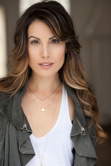 Actor Carly Pope