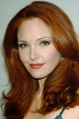 Actor Amy Yasbeck