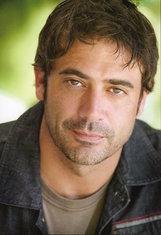 Actor Jeffrey Dean Morgan