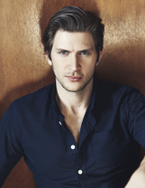Actor Greyston Holt