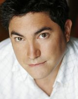 Actor Kevin Loring
