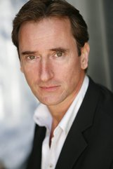 Actor John Gillespie