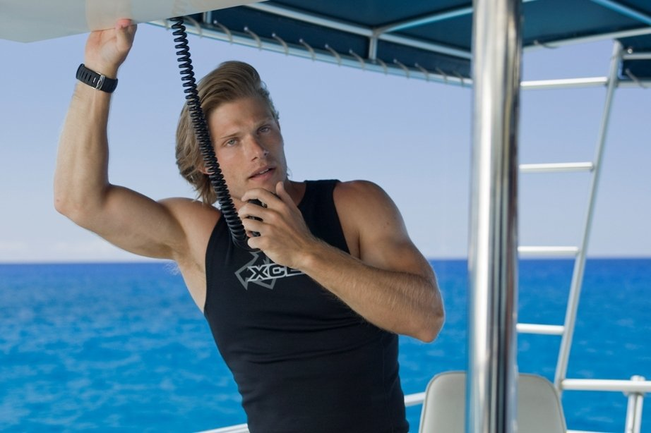download into the blue 2 the reef movie for ipodiphone
