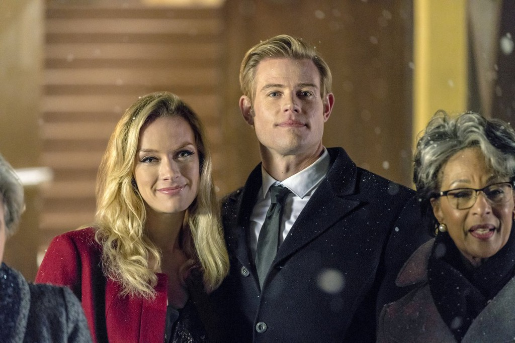 marry me at christmas filmed at