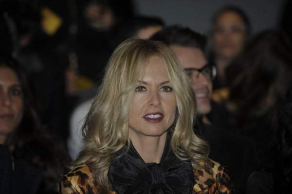 zoe project The rachel zoe project is a docu-drama that follows celebrity stylist rachel zoe and her trusted inner circle - husband rodger and fashion team, taylor and brad - as they endeavor to take zoe's business to the next level in the series, the perfectly styled, go-to force among it starlets, fashion houses, beauty firms and.
