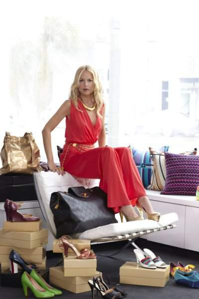 the rachel zoe project full episodes Rachel zoe is the real thing she is a stylist who knows the fashion industry and this docudrama reality series goes behind the scenes with rachel and her assistants.